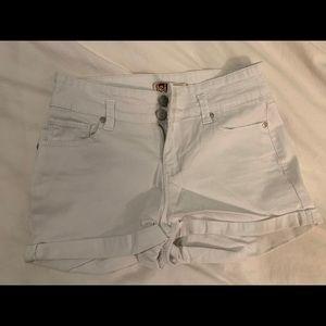 LEI White jean shorts size 1 EUC